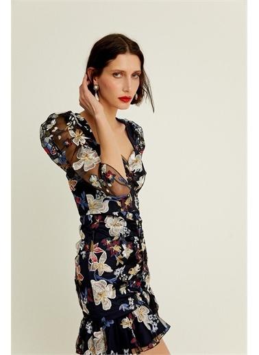 Rue Çiçek İşlemeli Kolları Transparan Mini Elbise Lacivert